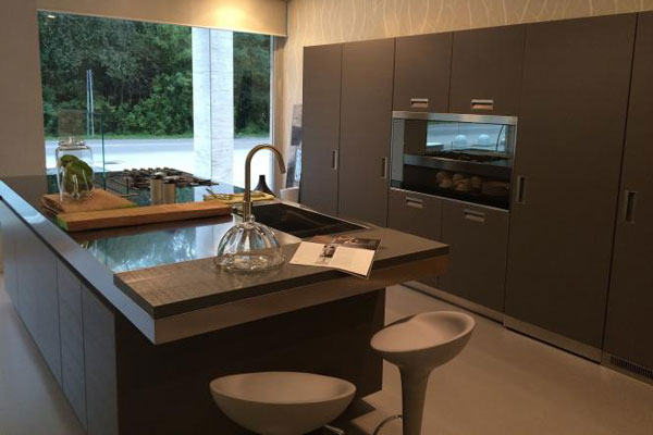 Soluzioni arredamento per interni Varese - Cucine di alta qualità